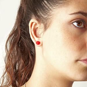 ear bricks red